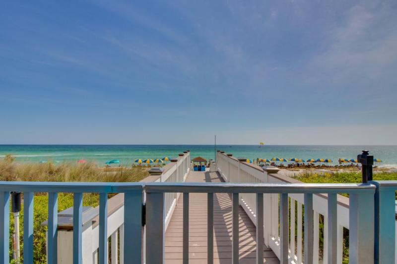 Oceanfront condo w/sweeping views, shared hot tub & pool! - Image 1 - Panama City Beach - rentals