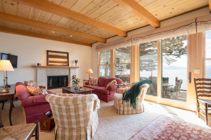 Stunning lakefront home with plenty of room for the family - Image 1 - Carnelian Bay - rentals