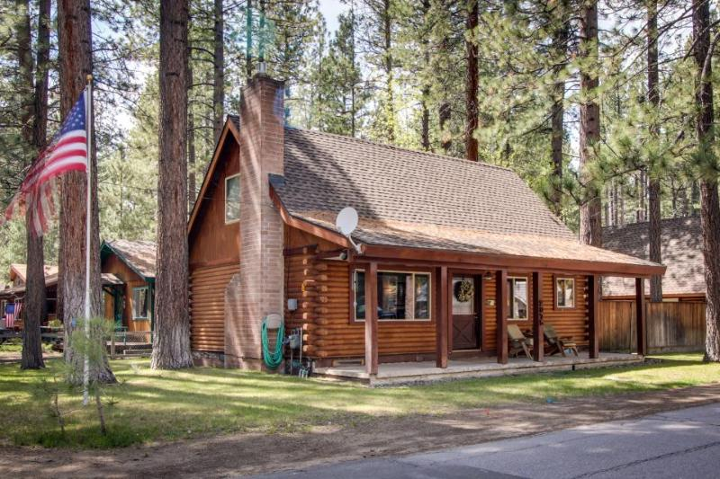 Log cabin w/ private hot tub & rustic charm! Walk to beach! - Image 1 - South Lake Tahoe - rentals