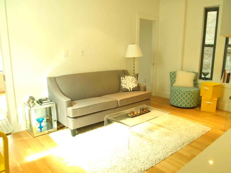 4BR/2BA on quiet street near Chelsea Market! - Image 1 - New York City - rentals