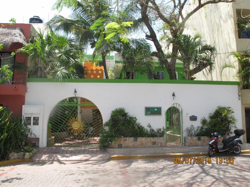 Hilhaven*Playa Del Carmen*Studio Apt 2C* - Image 1 - Playa del Carmen - rentals