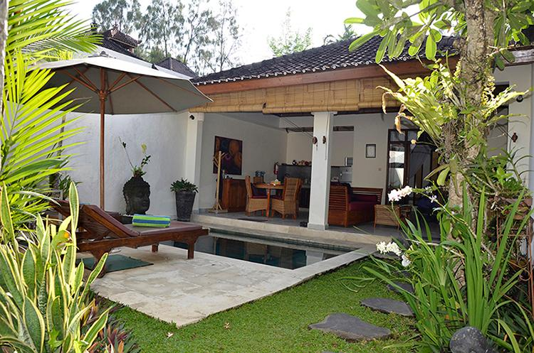 Comer and stay. Villa Kembali is perfect for one or a couple. - Villa Kembali - Private one bedroom boutique villa - Ubud - rentals