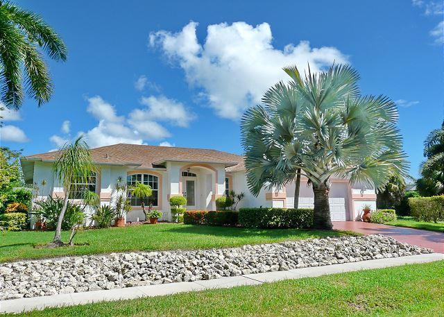 Inviting home in quiet neighborhood w/ heated pool & short walk to Beach - Image 1 - Marco Island - rentals