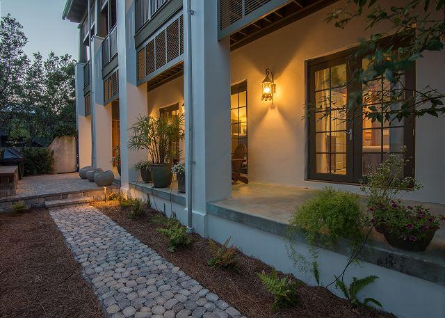 Brand new Enclosed Courtyard  - Villa Rose  very best of southern living in Rosemary Beach! (Upg - Rosemary Beach - rentals