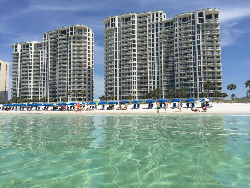 Silver Beach Towers - as close to the beach as you can get in Destin! - 16th Floor Beachfront Beauty with Complimentary Beach Service - Destin - rentals