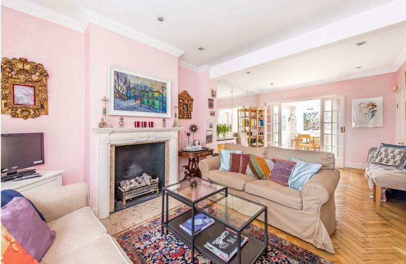 Sloane Square 3 Bedroom Townhouse  (876) - Image 1 - London - rentals