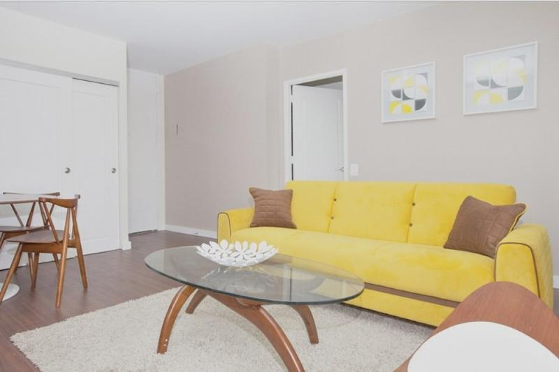 REMARKABLE 3 BEDROOM, 2 BATHROOM APARTMENT - Image 1 - New York City - rentals