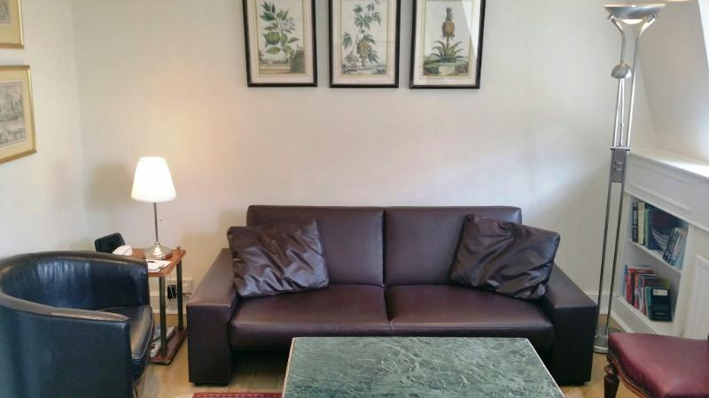 Economical Notting Hill Gate Apartment - Image 1 - London - rentals