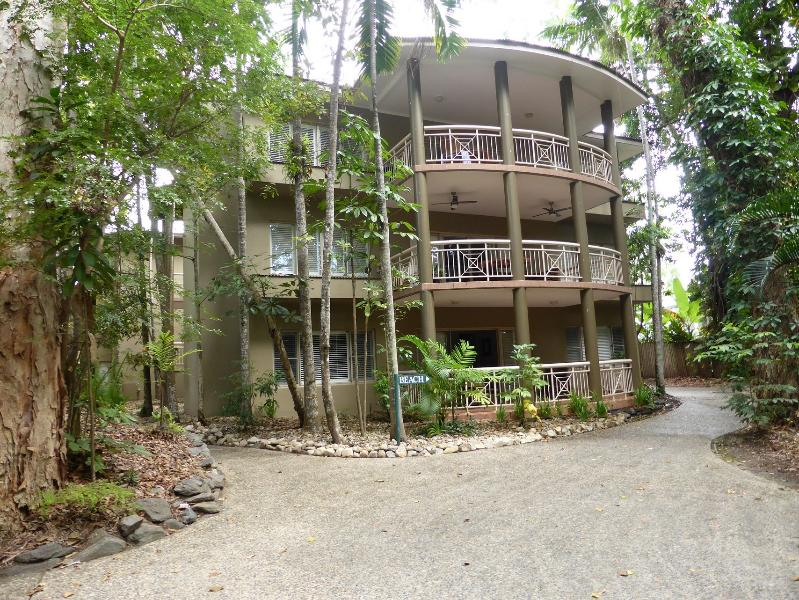 Ground Floor Apartment close to everything - Executive Suite at Ramada Resort Port Douglas - Port Douglas - rentals