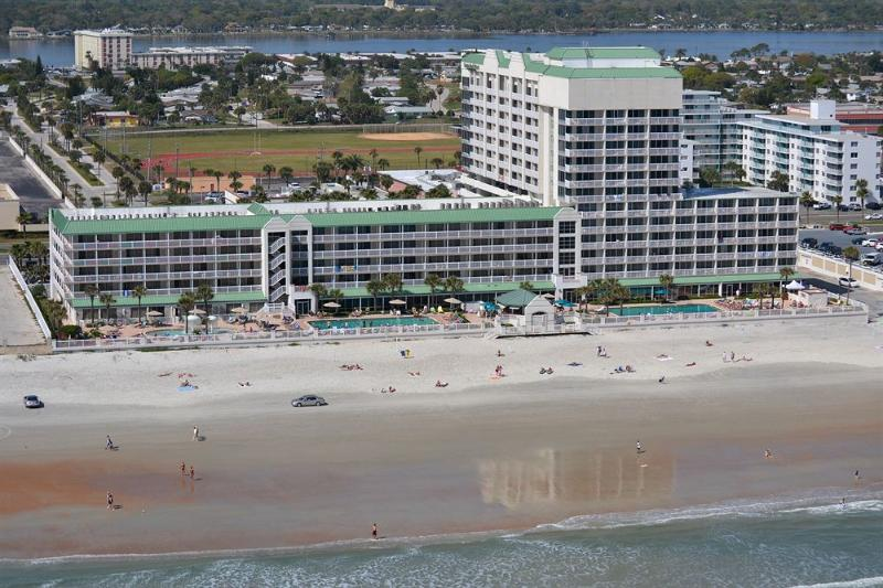 Beautiful Daytona Beach Resort - OceanFront 5th Floor Studio - Daytona Beach Resort - Daytona Beach - rentals