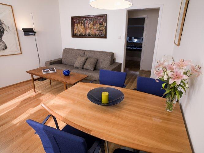 Cozy Central Apartment - Image 1 - Reykjavik - rentals