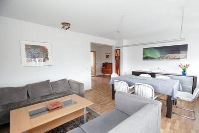 Modern Apartment - Image 1 - Reykjavik - rentals