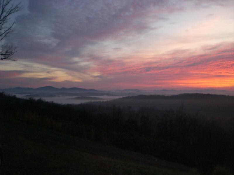 Sunrise at Blackberry Knoll! - Enjoy Gorgeous Long Range Layered Mountain Views - Blue Ridge - rentals