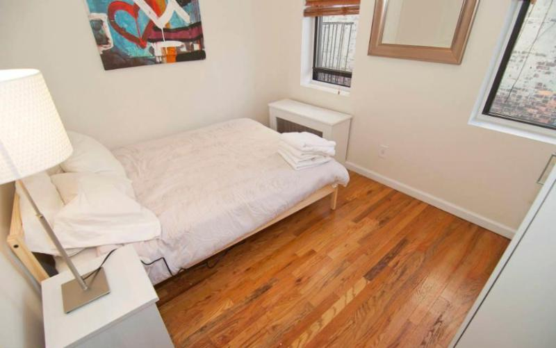 Homey SoHo Apartment With 2 Bedrooms and 1 Bathroom - Fully Equipped Ktchen - Image 1 - New York City - rentals