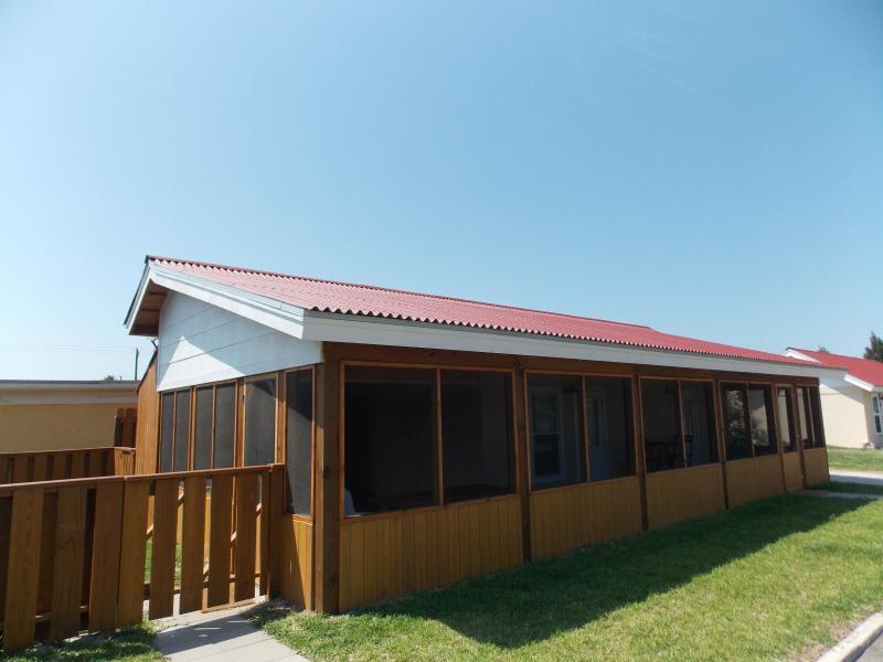 RNR Cottage at Spanish Village - Image 1 - Port Aransas - rentals