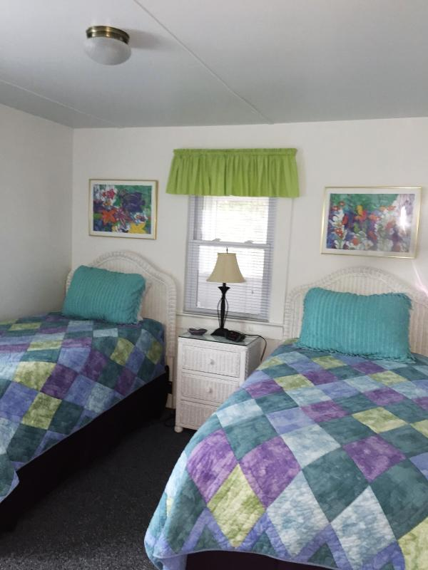 Second Bedroom with two twin beds-new mattresses for 2016 Season - Ocean Block, -Free Parking-Fall Bookings Available - Rehoboth Beach - rentals