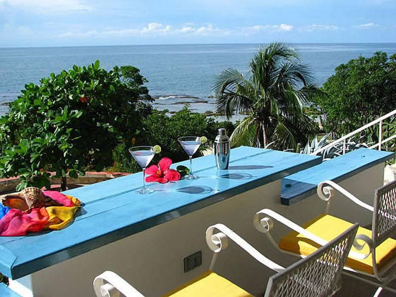 What a view! - Villa Hikaru - with swimming pool and tennis court - Treasure Beach - rentals
