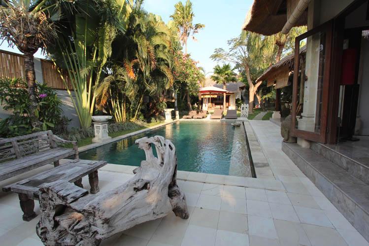 Madu Tropical 3BR Villa, large pool, ctr Seminyak* - Image 1 - Seminyak - rentals