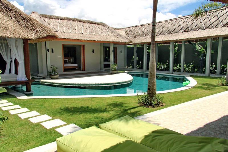 Elisabeth 3BR Villa, Umalas* - Image 1 - Kerobokan - rentals