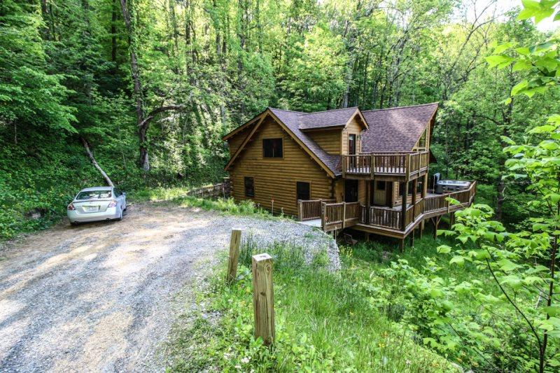 Twin Hollows Wonderful Front View as You Arrive - Twin Hollows - Vilas - rentals