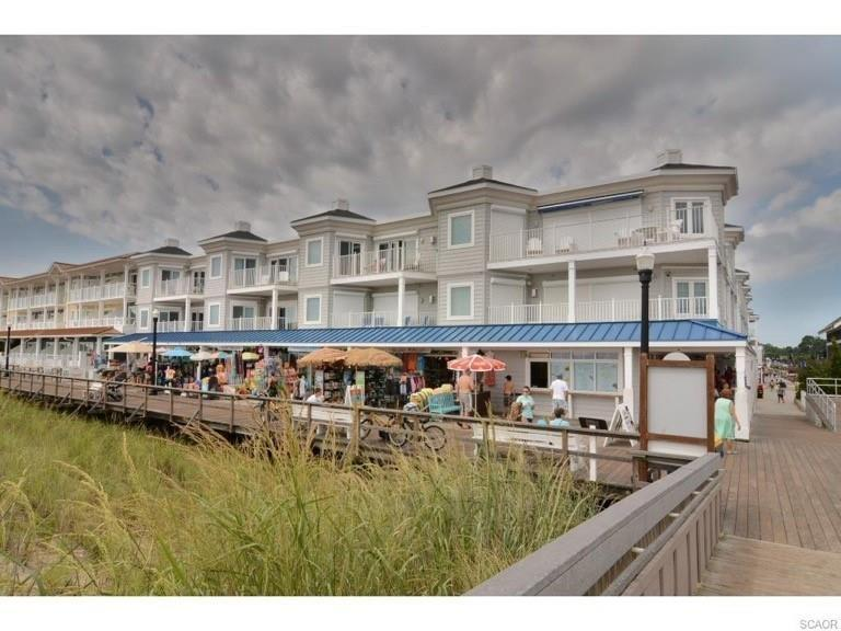 Brand new condo close to beach and town - pool access! - Image 1 - Bethany Beach - rentals