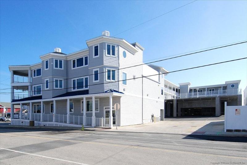 Fantastic 3 bedroom, condo right on the boardwalk ocean front. - Image 1 - Bethany Beach - rentals