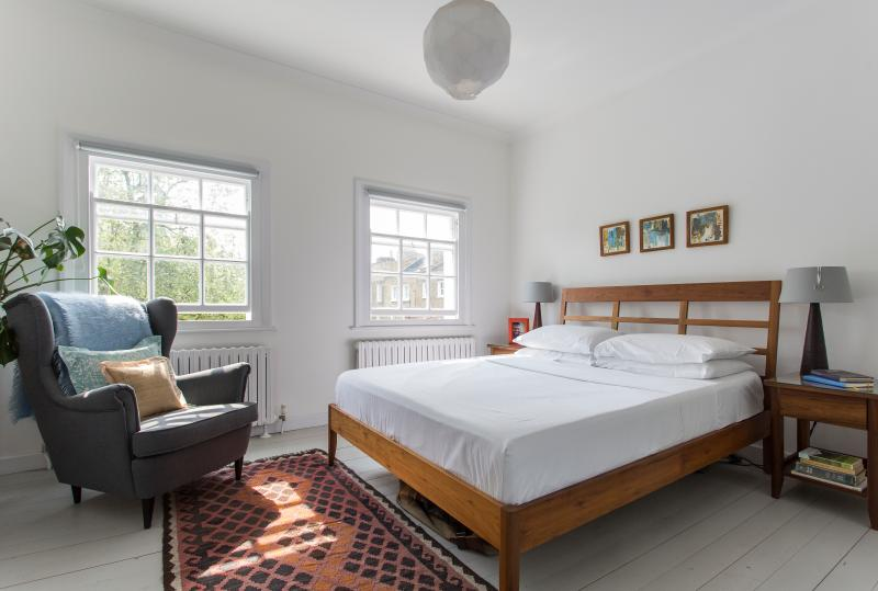 onefinestay - Cleaver Square private home - Image 1 - London - rentals