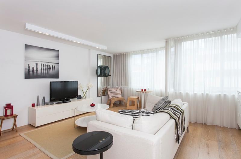 000Z8 Lifestyle Living F/F - Image 1 - Bondi Beach - rentals
