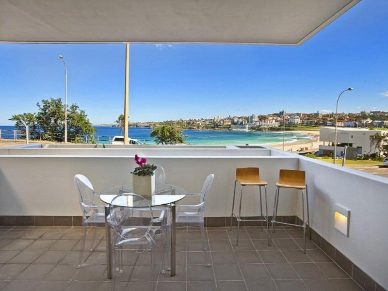 0014Y Bondi Breathtaking Views - Image 1 - Bondi Beach - rentals