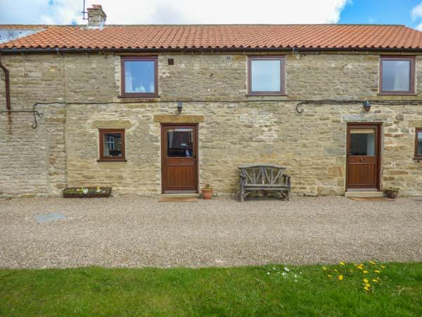 HARVEST COTTAGE, pet friendly, character holiday cottage with WiFi, with a - Image 1 - Levisham - rentals