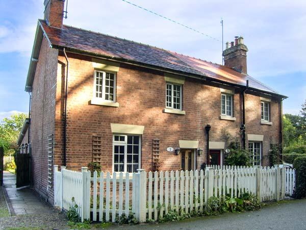 AQUEDUCT COTTAGE canalside property, WiFi, open fire in Chirk, Ref 916333 - Image 1 - Chirk Bank - rentals