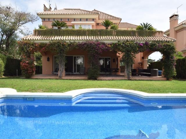 4 bedroom Villa in Golf Valley, Nueva Andalucia, Spain : ref 2086182 - Image 1 - Nueva Andalucia - rentals