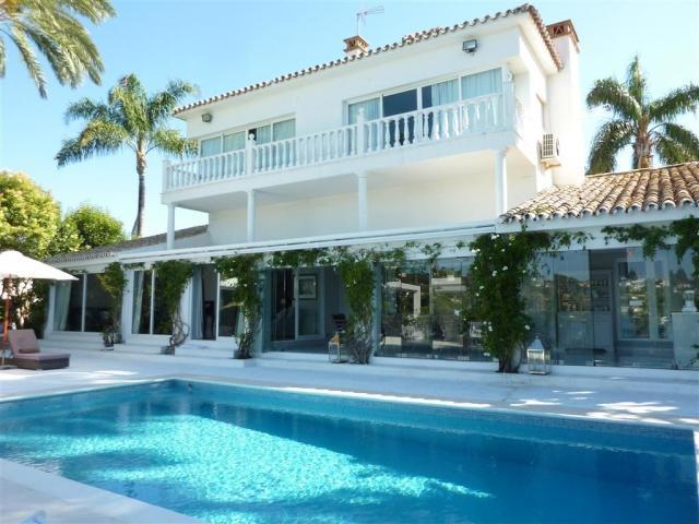 5 bedroom Villa in Golf Valley, Nueva Andalucia, Spain : ref 2086186 - Image 1 - Nueva Andalucia - rentals