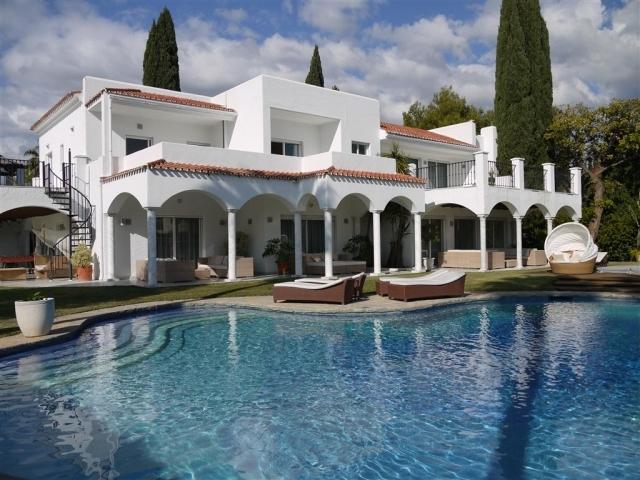 8 bedroom Villa in Atalaya de Rio Verde, Nueva Andalucia, Spain : ref 2086193 - Image 1 - Nueva Andalucia - rentals