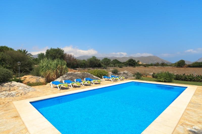 3 bedroom Villa in Pollensa, Mallorca, Mallorca : ref 2086239 - Image 1 - Pollenca - rentals