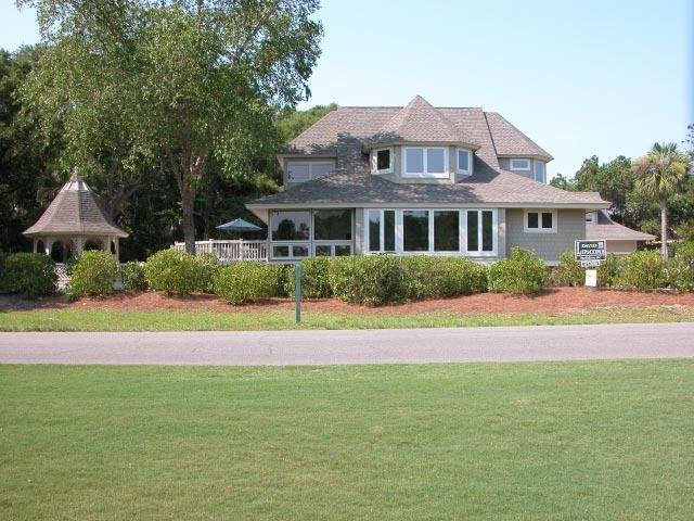 5 Bdrm, Renov, Walk to Beach, Pool, Golf views - Image 1 - Hilton Head - rentals