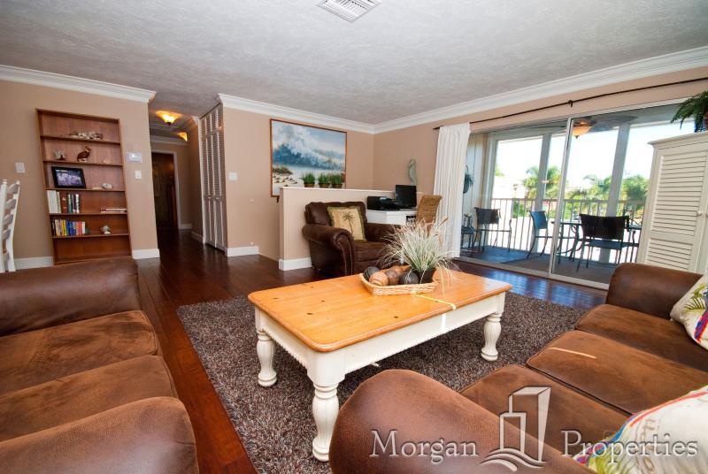 Morgan Properties-Crystal Sands V12A-3 Bed/2 Bath - Image 1 - Siesta Key - rentals