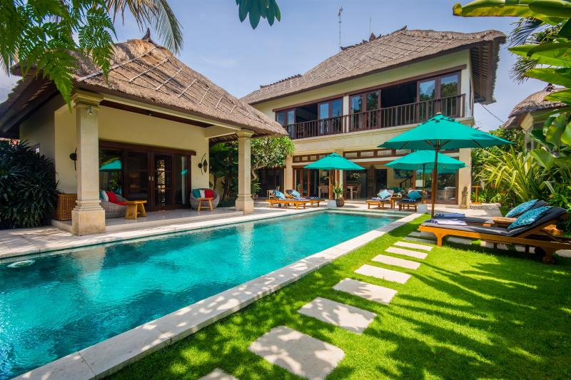 5 Bedrooms - Villa Intan - Central Seminyak - Image 1 - Seminyak - rentals