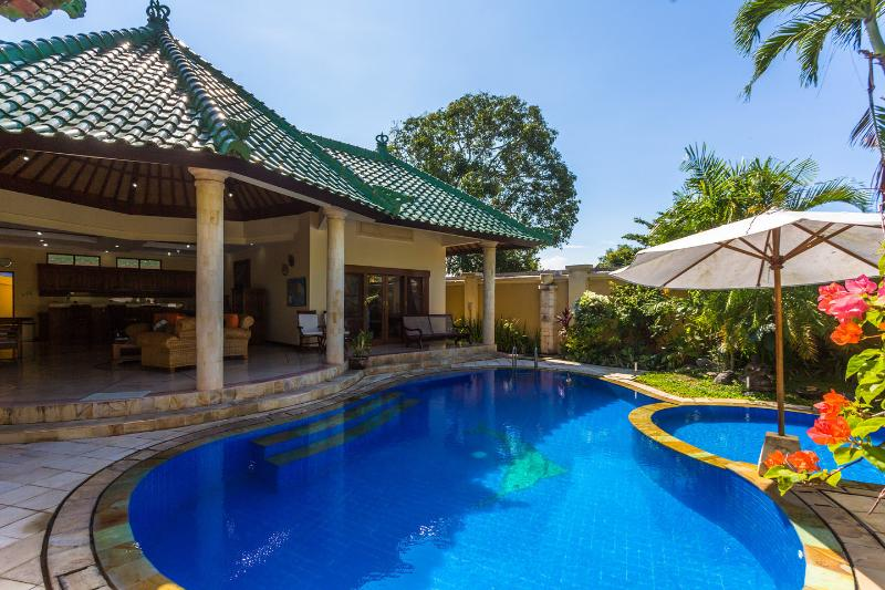 The Pool Area - Luxury 2/3 bedroom Villa in Sanur Bali,With Wifi - Sanur - rentals
