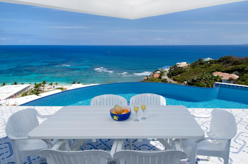 Sea Star - Ideal for Couples and Families, Beautiful Pool and Beach - Image 1 - Philipsburg - rentals