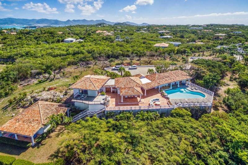 L'Olivier...Terress Basses, St. Martin 800 480 8555 - L'OLIVIER ... Breathtaking views from this fully air conditioned, St Martin deluxe vacation villa - Terres Basses - rentals