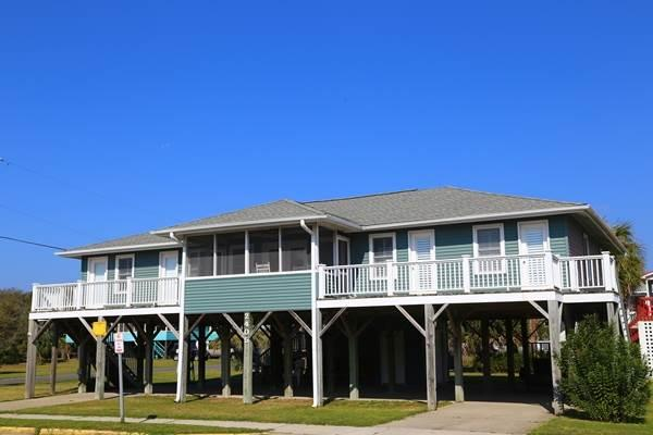 "2405 Palmetto Blvd - ""Sutton House"" - Image 1 - Edisto Beach - rentals"