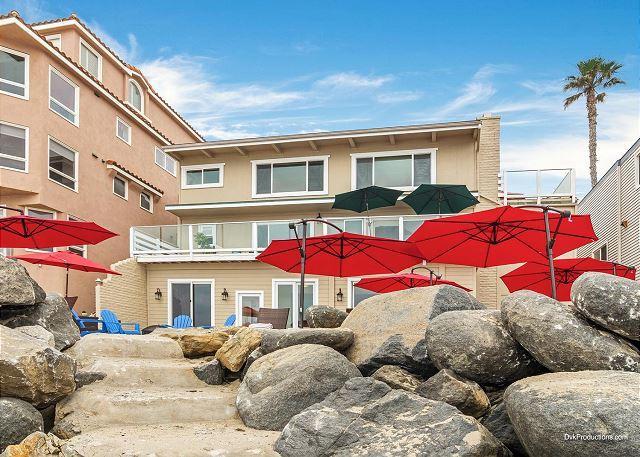 exterior unit view  - Oceanfront 3 br in Oceanside Designer Decorated & A/C Equipped - Oceanside - rentals