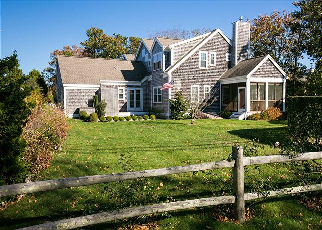 Beautiful in-town Edgartown 4 Bedroom Home - Image 1 - World - rentals