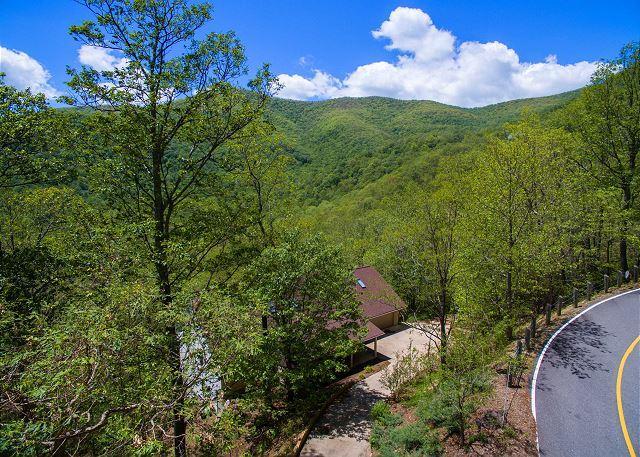 Autumn Hideaway - Image 1 - Black Mountain - rentals