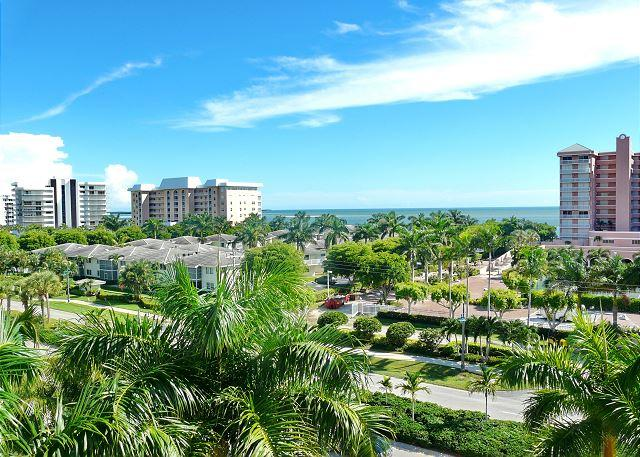 Spacious, modern condo w/ heated pool & short walk to South Beach - Image 1 - Marco Island - rentals
