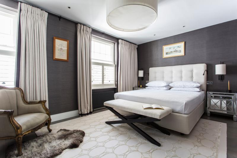 Laverton Mews - Image 1 - London - rentals