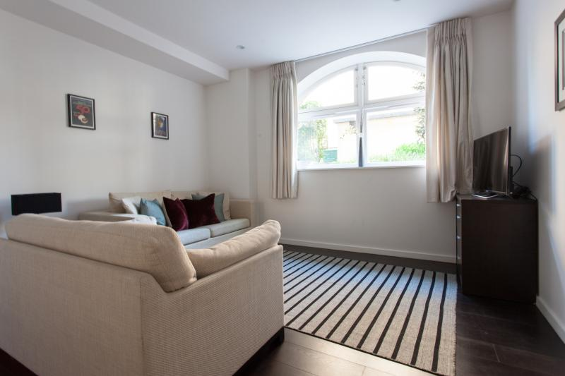 One Fine Stay - Offord Road apartment - Image 1 - London - rentals