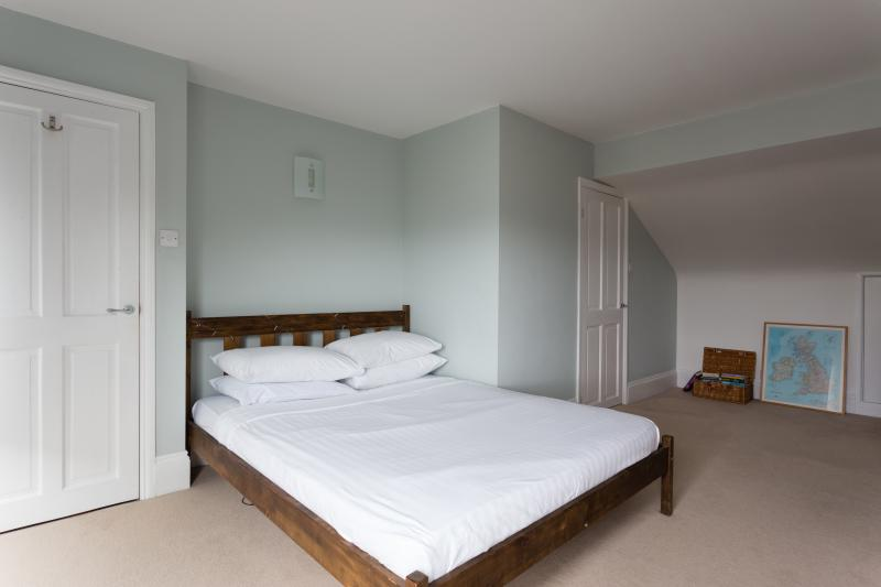 One Fine Stay - Melrose Terrace apartment - Image 1 - London - rentals