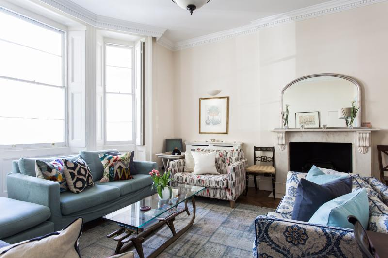 One Fine Stay - St George's Square X apartment - Image 1 - London - rentals